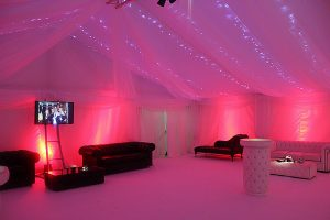 fairy-lights-behind-linings-w-red-uplighters