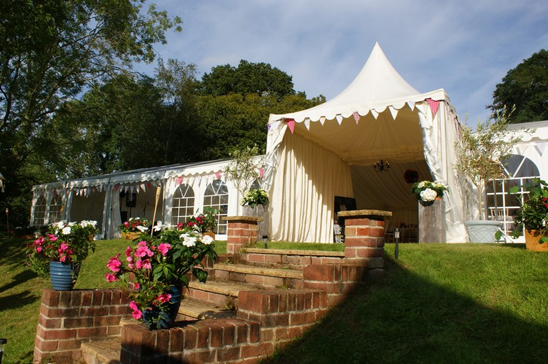 MARQUEE HIRE IN BERKSHIRE